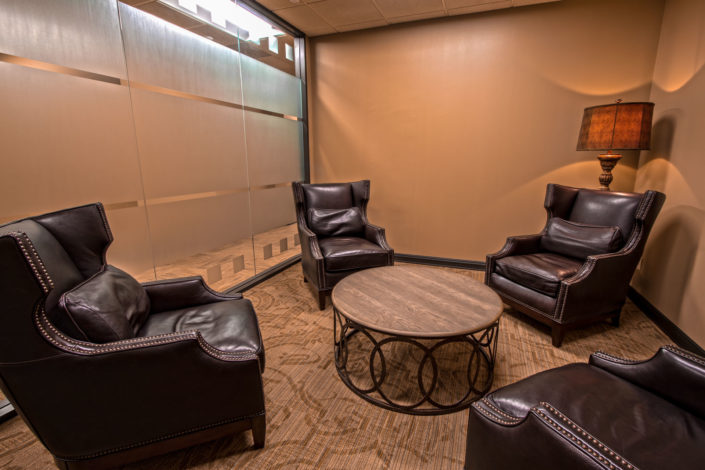 Business Lounge seats four at The Woodlands Office Suites